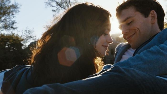 Người yêu chính là người yêu mình và cũng là người mà mình yêu