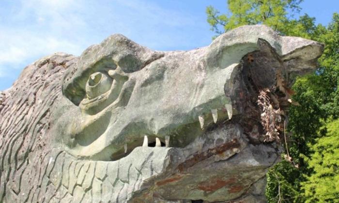 Mộng thấy tượng đá bị vỡ